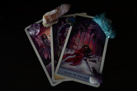 piedras en el tarot cartas